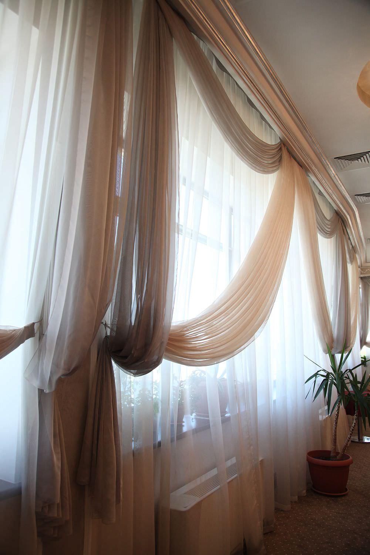 шторы с оригинальным ламбрекеном фото